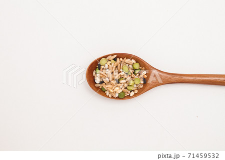 Wooden spoon with Miscellaneous grains  71459532