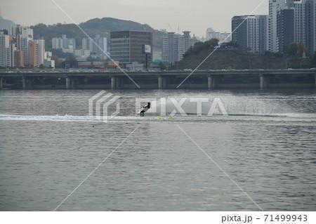 ソウル 漢江 風景 71499943