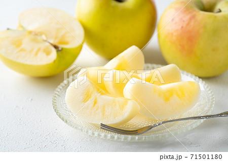 切り分けられたりんご ぐんま名月 71501180