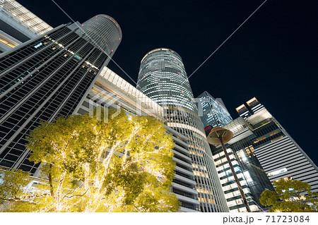 名古屋駅前 イルミネーション JRセントラルタワーズ JRゲートタワー JPタワー名古屋 71723084