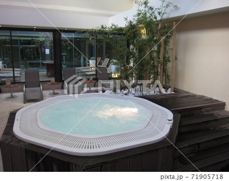 オランダのホテルにあるジャグジー 71905718