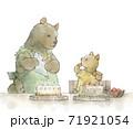 ケーキを作る熊の母と子 71921054