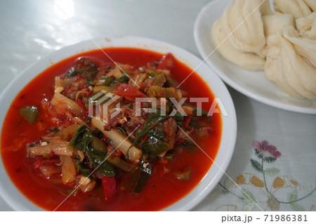 ウイグル自治区のトマト風郷土料理 71986381
