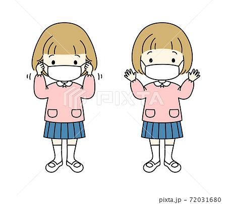 マスクをつける小さな女の子 72031680