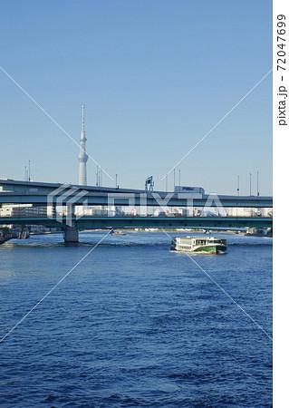 隅田川大橋 スカイツリーの見える風景 72047699