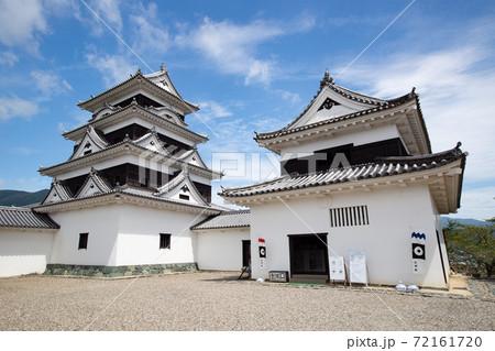 大洲城 -左右の二重櫓を従えた四重天守- 愛媛県大洲市大洲 72161720