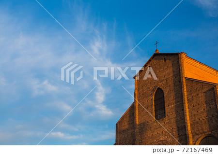イタリア ボローニャのサン・ペトローニオ聖堂 72167469