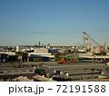 広大な敷地の工場解体中 72191588