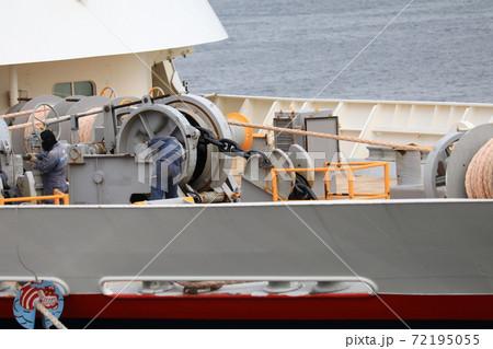 船作業 72195055