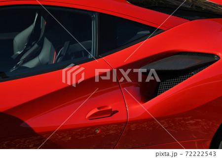 スポーツカーのフォルム 72222543