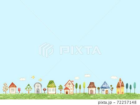 家の並ぶ風景 青空 72257148