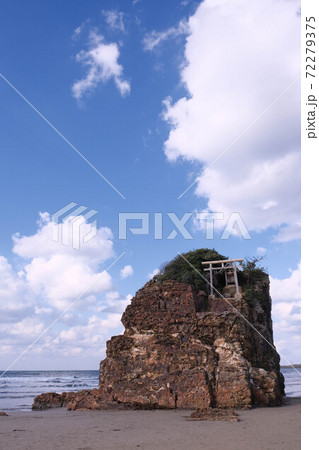 パワースポットの弁天島と稲佐の浜 72279375