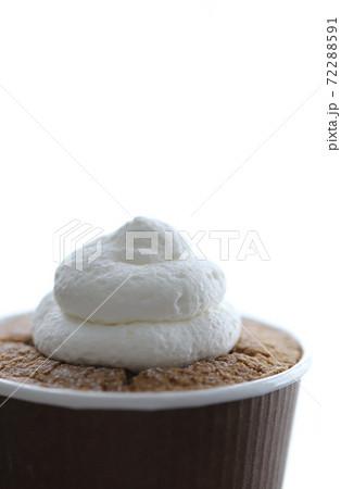 チョコレートカップケーキ 72288591