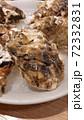 牡蠣の殻 72332831
