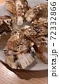 牡蠣の殻 72332866