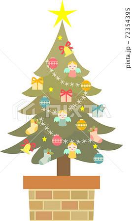 クリスマスツリー 72354395