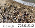 海岸のゴミ 72361512