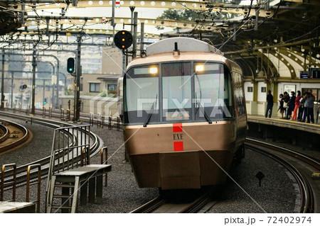 箱根・小田原へ向け快走するロマンスカーEXE 72402974