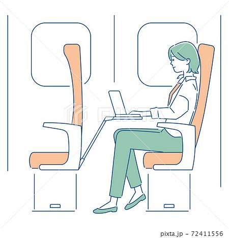 新幹線でリモートワークする女性/3色 72411556