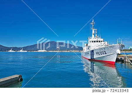 【敦賀港に停泊する巡視船】 福井県敦賀市港町 72413343