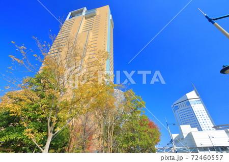 【香川県】晴天下の高松シンボルタワーとホテルクレメント 72460557