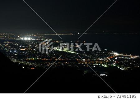 神奈川県平塚市の湘南平(高麗山公園)から平塚市を中心とした夜景 72491195