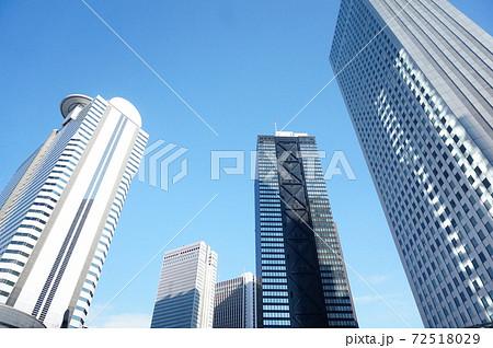 高層ビル 都市 72518029