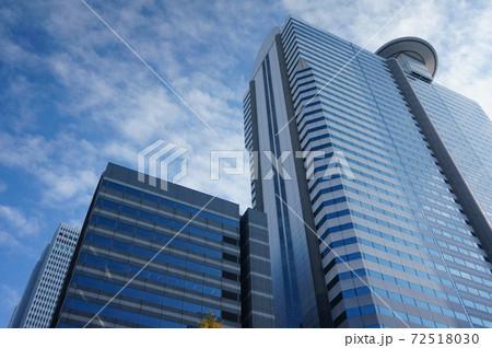 高層ビル 都市 72518030