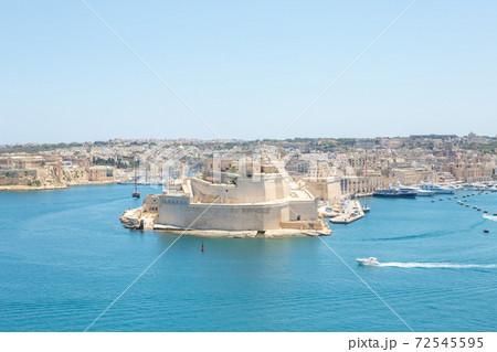 マルタ島の圧倒的な解放感:リゾート 72545595