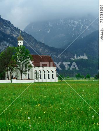 聖コロマン教会とノイシュバンシュタイン城 72553634