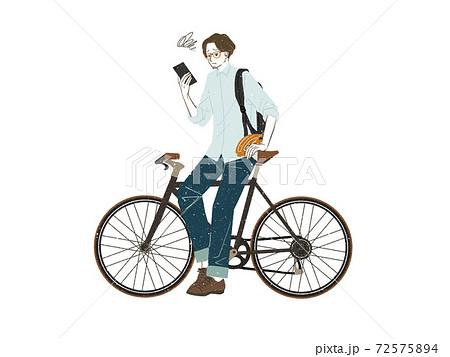 スマートフォンを見ている男性 72575894