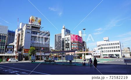 小山駅西口前のロータリー(栃木県小山市) 72582219