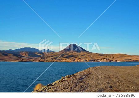 ラスベガスに近い「砂漠のオアシス」ミード湖 72583896