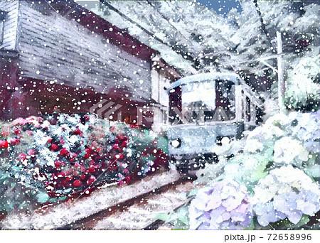 江ノ電の雪 72658996