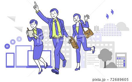 街を走るビジネスマン・ビジネスウーマン 72689605