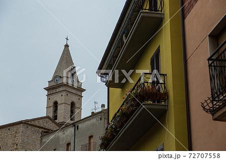 イタリア グアルディアルフィエーラの町並み 72707558