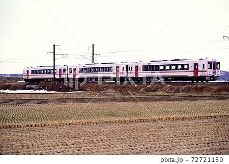 1997年 秋田平野を走るL特急秋田リレー号 72721130