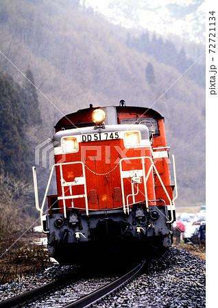 1997年 磐越西線を行くDD51745ディーゼル機関車 72721134