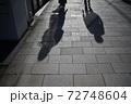 冬の舗道(東京・表参道) 72748604