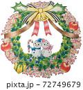 クリスマスリースとスノーマン 72749679