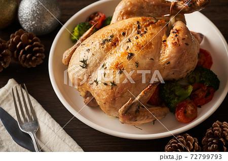 丸鶏ローストチキン  72799793