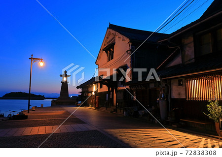 【広島県】鞆の浦 常夜灯の明かり 72838308
