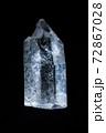 【宝石】透明の柱状のクリスタル パワーストーン 72867028