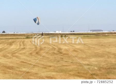 パラグライダー飛行場の風景 11月茨木 72885252