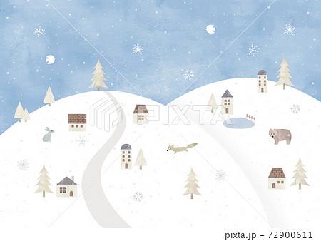 雪山の冬の村の景色水彩 72900611