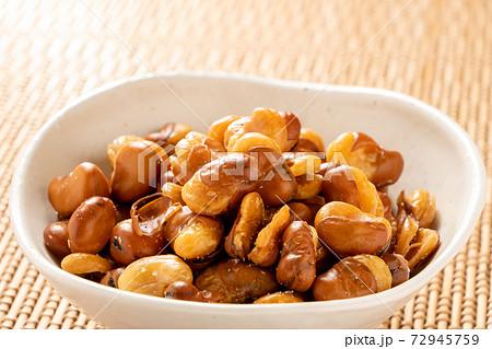 いかり豆(ソラマメ)。 72945759