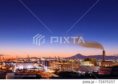 川崎市から見る富士山夜景 72975257