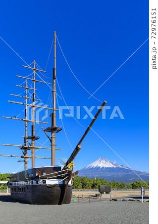 静岡_ふじのくに田子の浦みなと公園から見る富士山 72976151