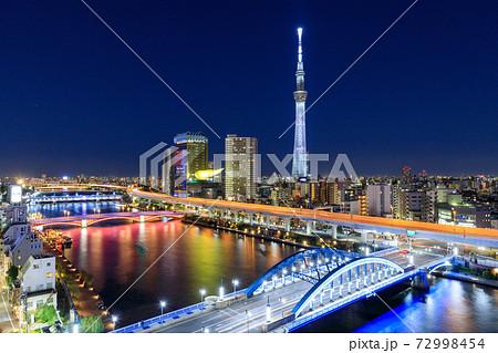東京スカイツリーのライトアップ(特別色) 72998454