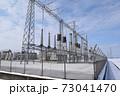雪国の屋外変電設備 73041470
